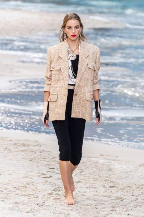 Tendance mode blazer oversize Chanel