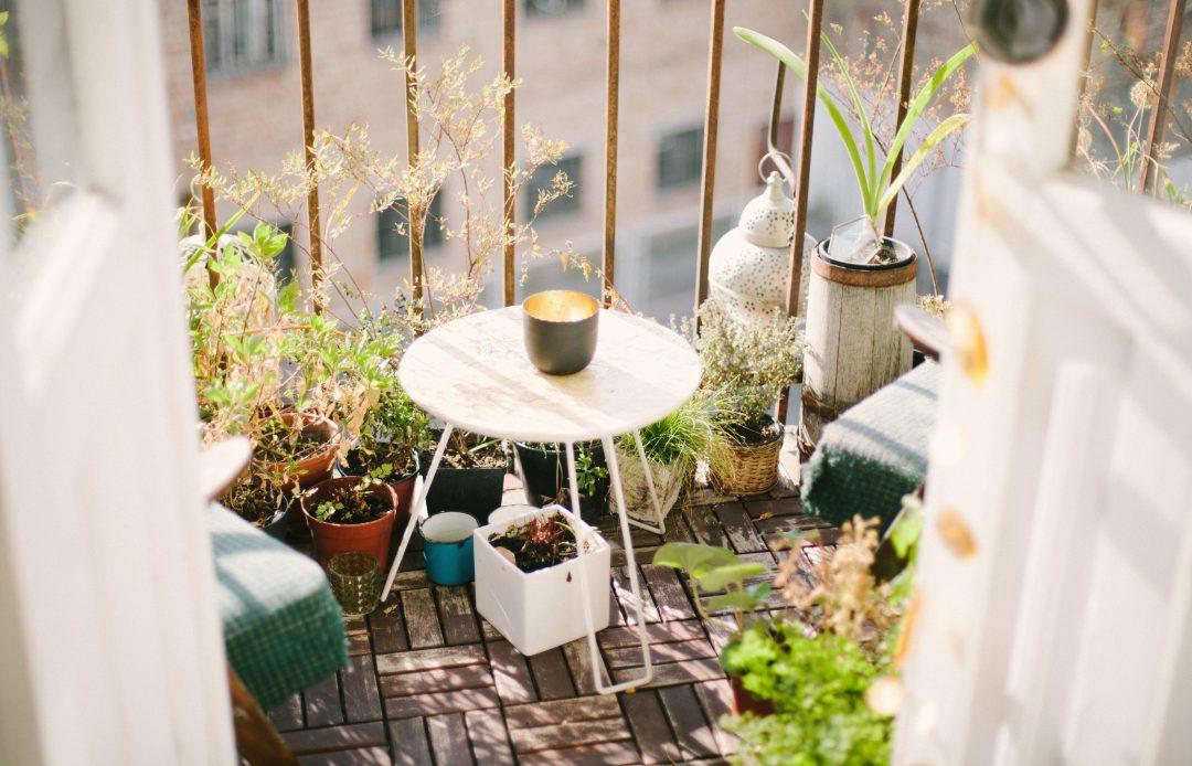 Comment aménager une petite terrasse sans se ruiner ?