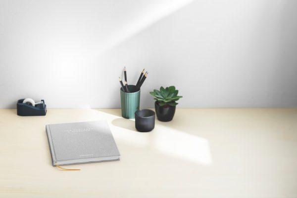 Rangement bureau de travail minimaliste