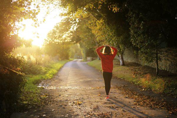 Sport : pratiquer une activité pour garder la forme en automne
