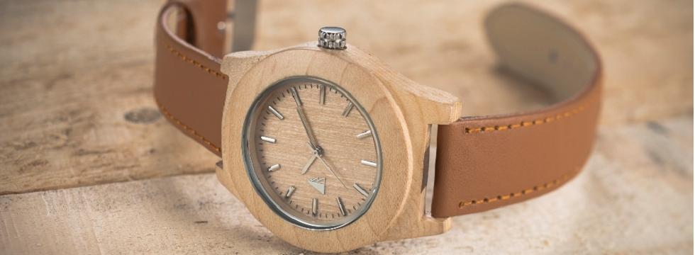 midipile on adore les montres l gantes en bois et fran aises de l 39 atelier des montres l. Black Bedroom Furniture Sets. Home Design Ideas