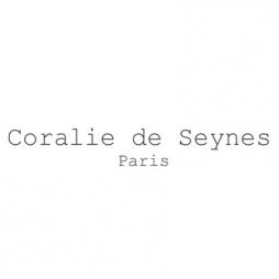 Découvrez Coralie de Seynes : la marque montante de bijoux & maroquinerie !