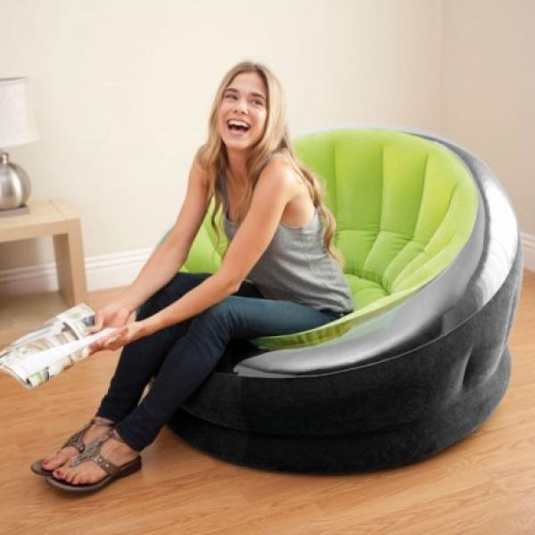 Le Fauteuil gonflable d'Univeco, c'est LA touche déco pour votre intérieur !